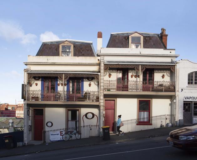 露台房屋位于16-18 London St,被称为Skid Row。照片:盖伊弗雷德里克摄影/新西兰......