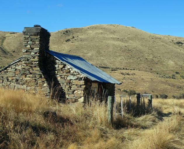 Polson's Hut on Shirlmar Station was once the scene of deep sadness, as twin boys born here during winter in 1869 both died almost immediately because of the cold. The bike ride passed by this hut.