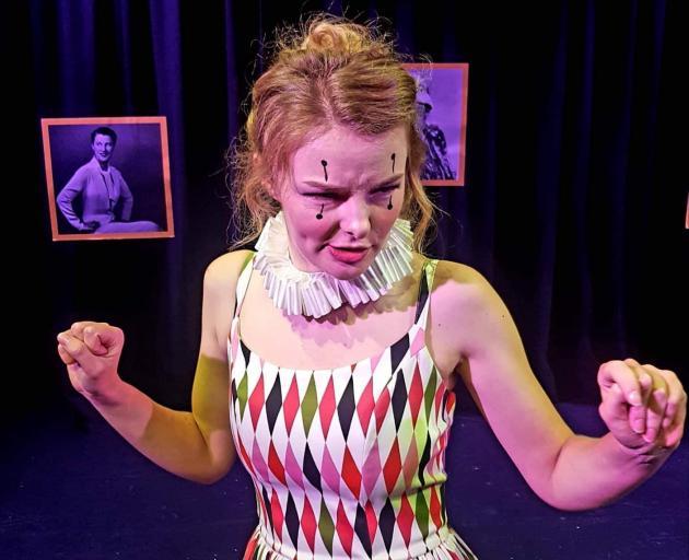 Abby Howells喜欢在惠灵顿表演HarleQueen。照片:提供