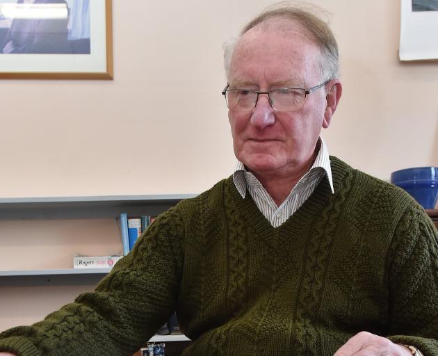 Dr Warwick Brunton