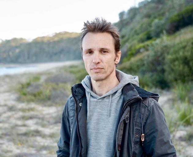 澳大利亚作家马库斯·祖萨克(Markus Zusak)带着一部新小说回到了图书节电路,并将......