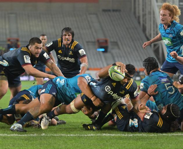 Shannon Frizell reaches out to score a try for the at Forsyth Barr Stadium on Saturday night.