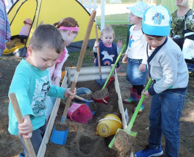 Kids found plenty to amuse themselves at the 2018 Queensland Garden Expo. Photos: Gillian Vine