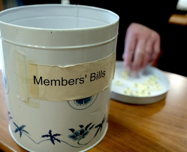 The biscuit tin used to draw members' bills. PHOTO: NEW ZEALAND PARLIAMENT