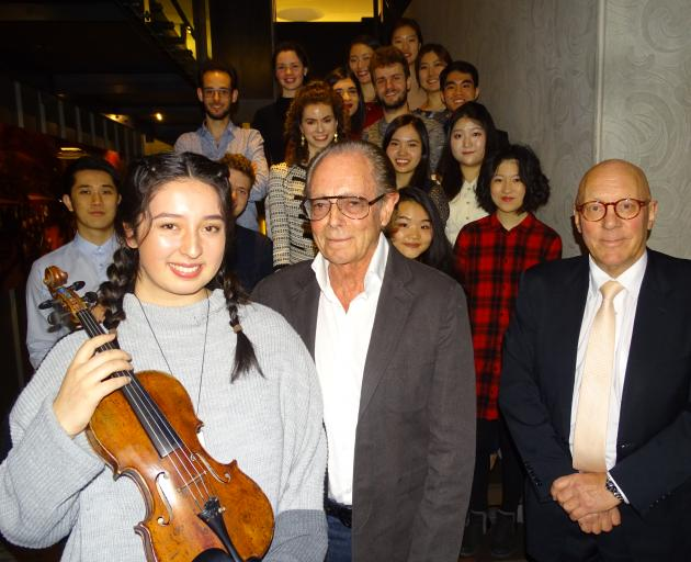 Young violinists from around the world competing | Otago