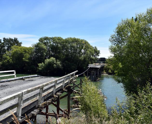 Contract awarded for Pyramid Bridge | Otago Daily Times