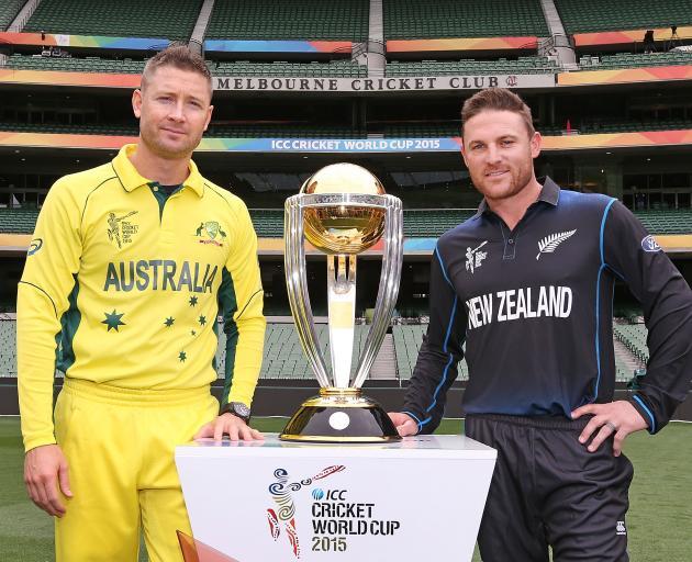 Brendon McCullum和前澳大利亚队长迈克尔克拉克在2015年之前参加世界杯...
