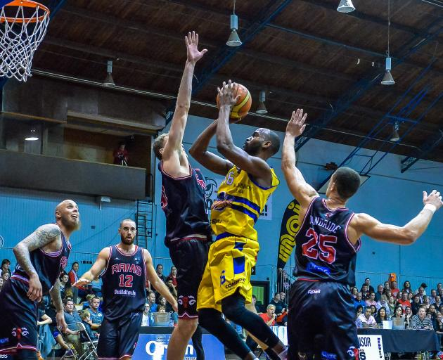 Otago has been without an NBL team since the Nuggets disbanded in 2014 due to financial reasons....