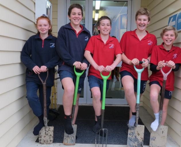 Dipton Primary School pupils are keen to spend a $500 voucher from the Plant Store in the spring. From left are pupils Sophia Watson (11), Taine Withy (13), Charlie Standish (12), Matthew Menlove (12) and Harrison George (11). Photo: Yvonne O'Hara