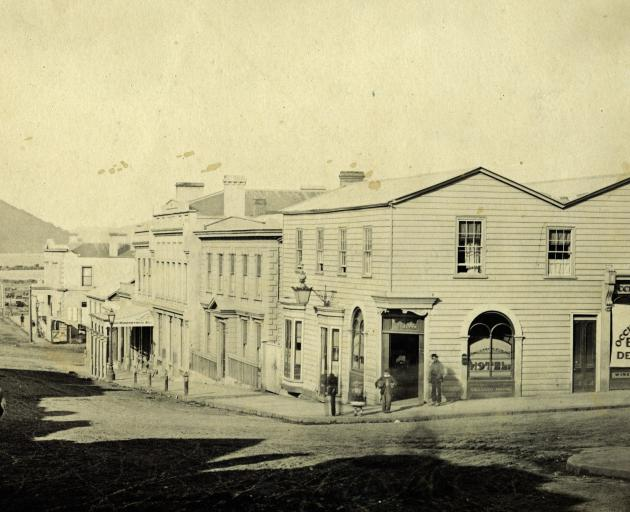 Henry Walter's Occidental Hotel in Dunedin had been Charlotte Dawson's popular Melbourne Club...
