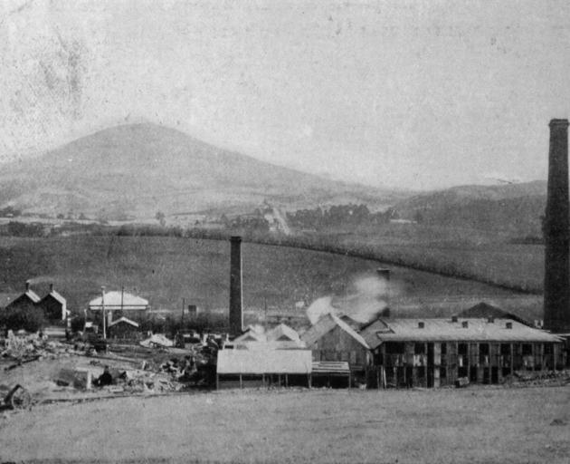 The tileries at Abbotsford with Saddle Hill in the background. - Otago Witness, 7.10.1919.