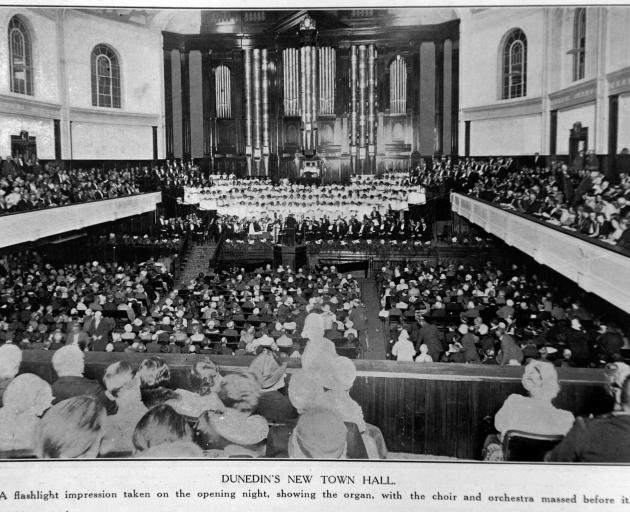 An Otago Witness photograph of the Dunedin Town Hall organ, taken at the hall's opening concert...