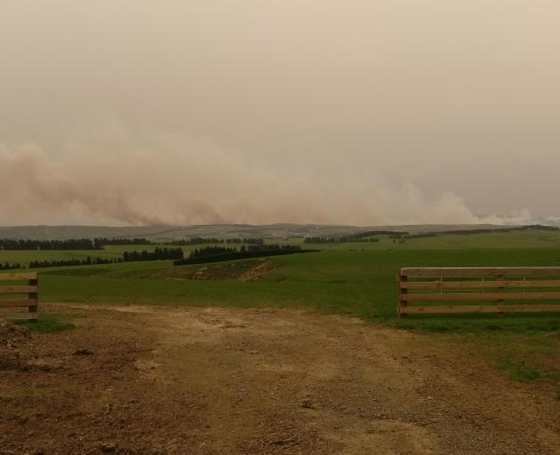 Massive Fire Near Middlemarch Spreading Otago Daily