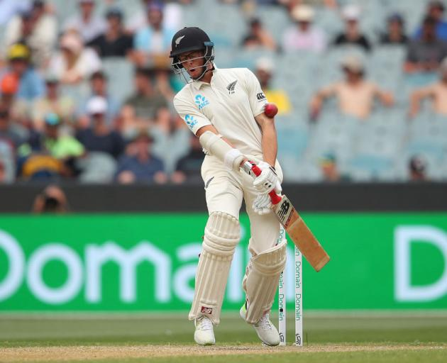 New Zealand's Trent Boult fractures hand, to miss rest of series