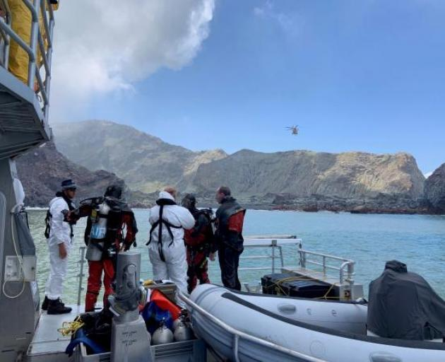 2 missing bodies in volcano eruption may be at sea