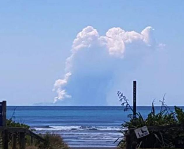 New Zealand's White Island volcano erupts, Australia/NZ News & Top Stories