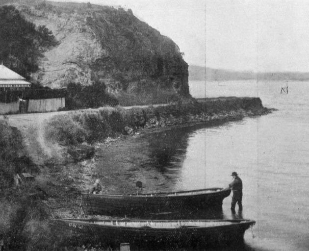 Fishing boats at Deborah Bay, near Port Chalmers. — Otago Witness, 3.2.1920.