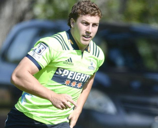 Highlanders fullback Josh McKay looks to get involved at training at Logan park earlier this week...
