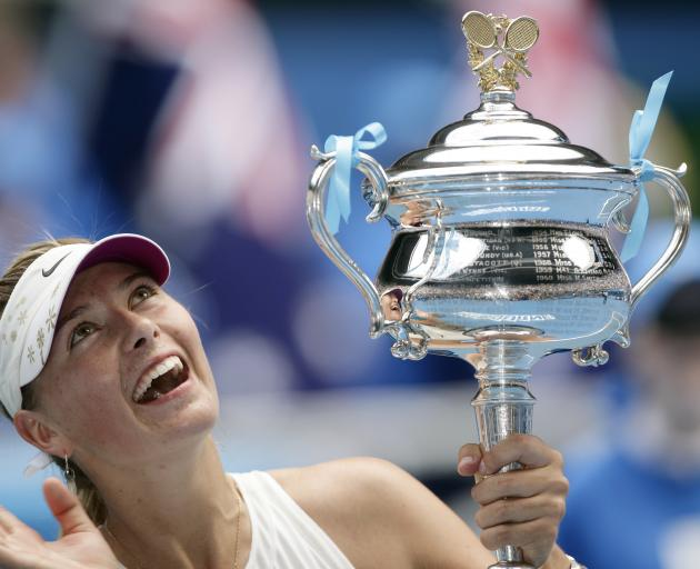 Maria Sharapova celebrates winning the Australian Open with trophy in 2008. Photo: Action Images via Reuters