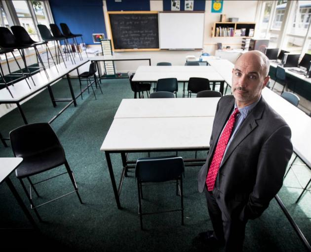 Glendowie College principal Richard Dykes wants the Ministry of Education to start talking to...