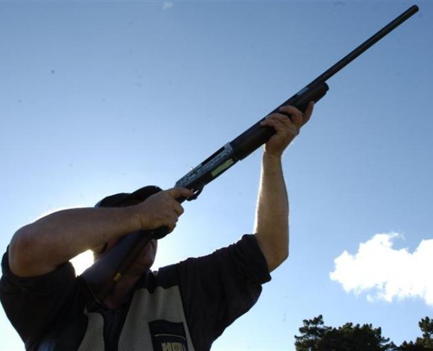 shooting_hunting_gun.JPG