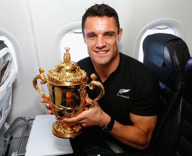 Dan Carter with the Webb Ellis Cup. Photo: Getty Images