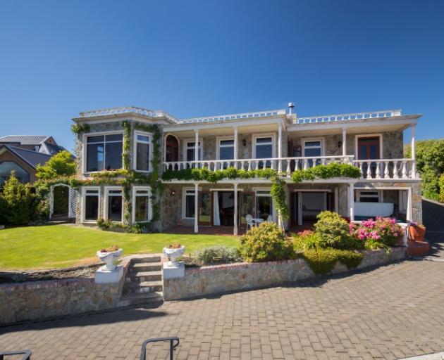 Changing tack   ... Wanaka Unlocked luxury villa management agency has ...
