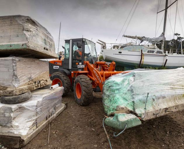 A contractor began removing the pontoons on Monday. Photo: Newsline / CCC
