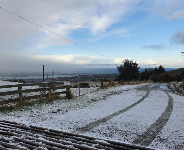 Snow on the hills above Wakari this morning. Photo: Vaughan Elder