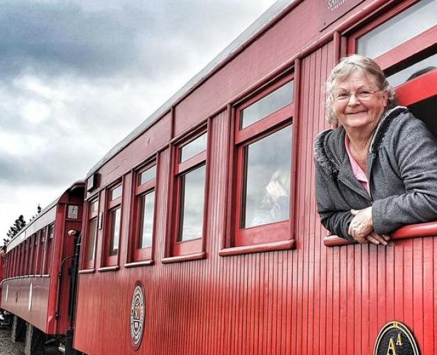 A passenger on the Marlborough Flyer on the journey to Kekerengu. Photo: RNZ / Tracy Neal