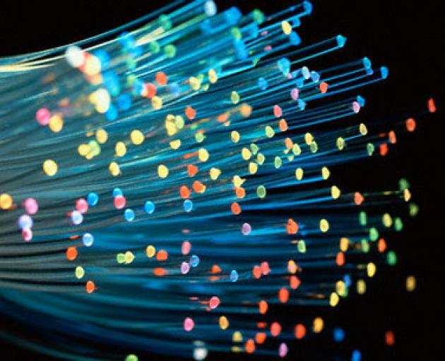fibre_optic_broadband_large_634x306x24_expand_h8dac07c7.jpg