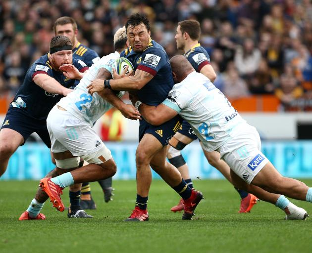Finlay Christie double keeps Blues in Super Rugby title hunt