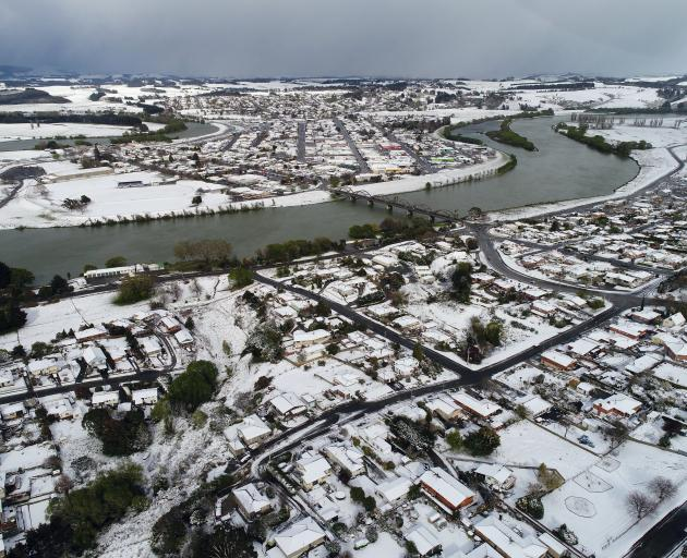 Balclutha covered in snow. Photo: Stephen Jaquiery