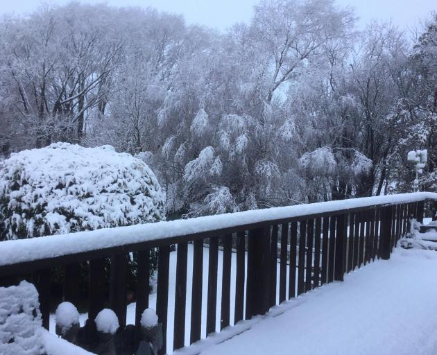 A snowy Ranfurly this morning. Photo: Maureen Miller