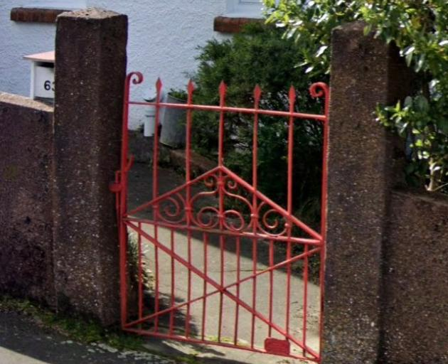 This image shows Ms Esplin's gate before it was stolen. PHOTO: GOOGLE STREET VIEW