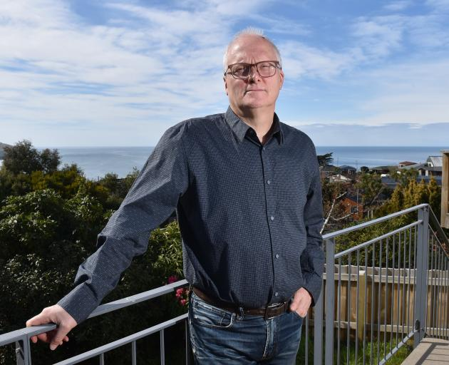 Dunedin journalist Stephen Davis is continuing his investigation of the sinking of the ferry...