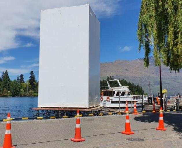 This giant structure's been erected on Queenstown's waterfront ahead of what's expected to be Xbox's X and S Series global console launch next week. Photo: Mountain Scene