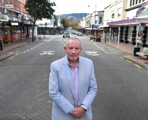 Opposition made clear ... George St jeweller Brent Weatherall has the support in the form of 6000...
