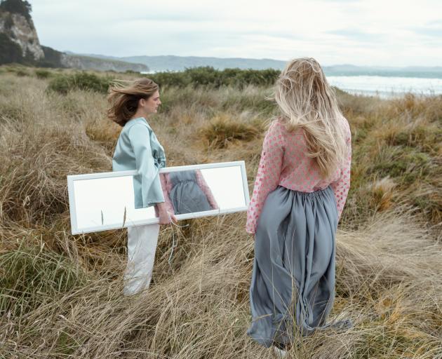 MODELS (FROM LEFT): IZZY GEYTENBEEK (AART MODELS)  AND ANNABELLE CUBITT/PHOTO: NIKOLAO COCKERELL