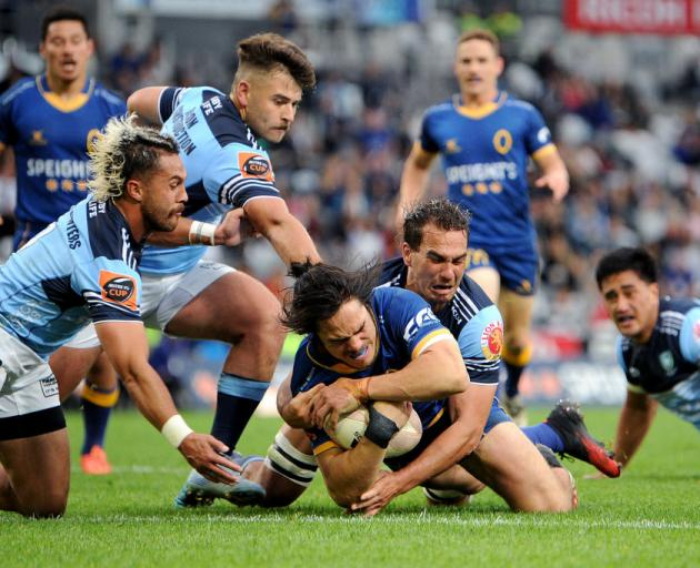 Josh Timu of Otago scores a try during the Mitre 10 Cup Semi Final match between Otago and Northland at Forsyth Barr Stadium. Photo: Getty Images