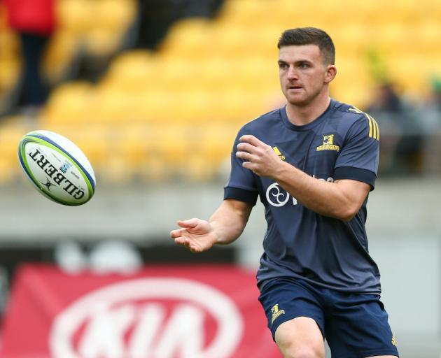 Bryn Gatland warms up for the Highlanders in Wellington this year. Photo: Getty Images