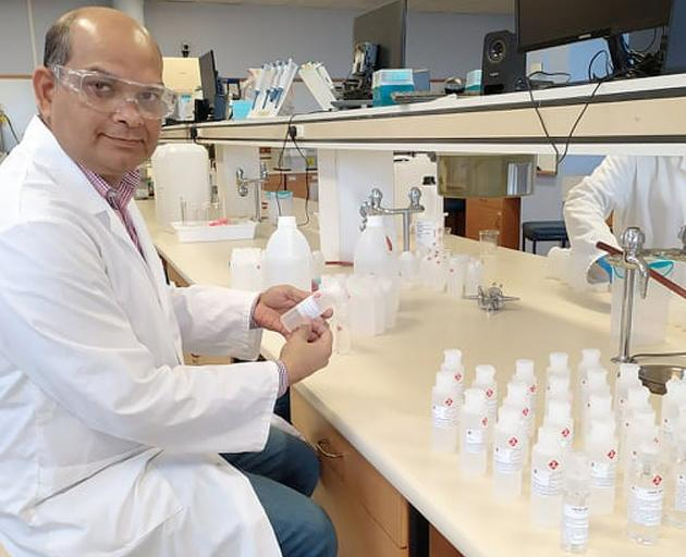 University of Otago pharmaceutical sciences senior lecturer Shyamal Das has been awarded a...