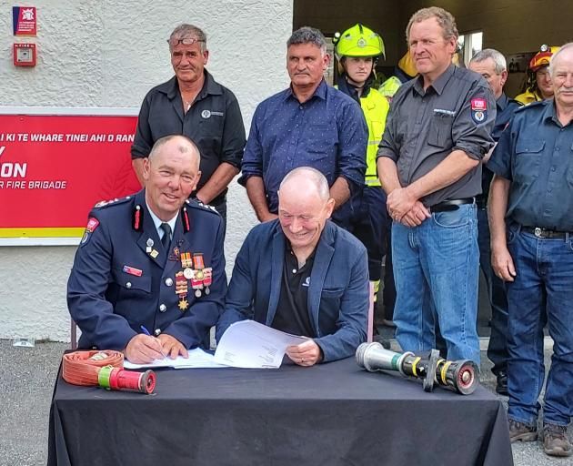 The Ranfurly urban volunteer fire brigade is amalgamating with the Maniototo component of the...