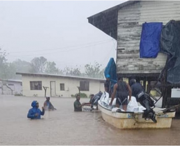 Deadly cyclone batters Fiji, sparks flooding