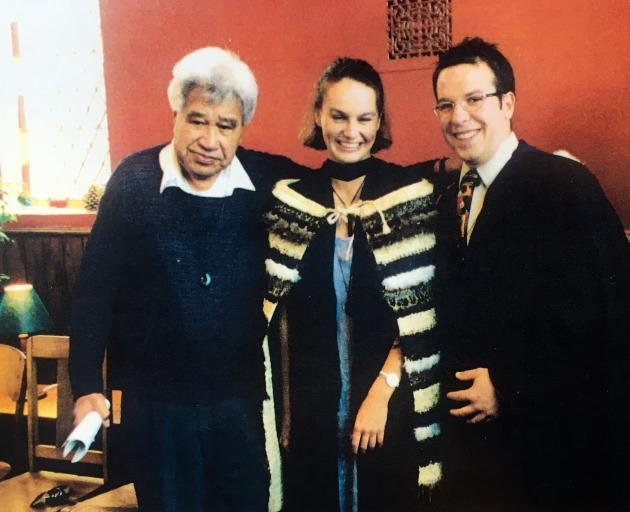Poet Laureate, Hone Tuwhare, (left) with University of Otago graduates 