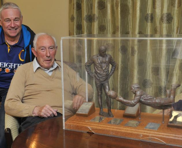 Richard Perkins and Iain Gallaway with the Gallaway Trophy in 2013. Photo: Craig Baxter