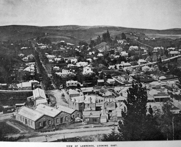 View of Lawrence, looking east. — Otago Witness, 31.5.1921.