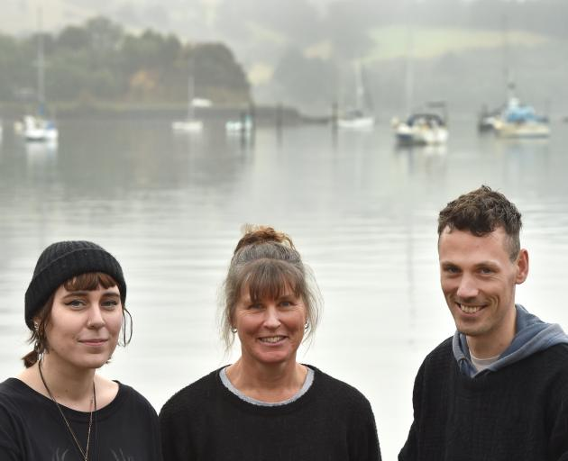 West Harbour artists Emma, Ali and Jerry Howlett enjoy supporting their local arts community....