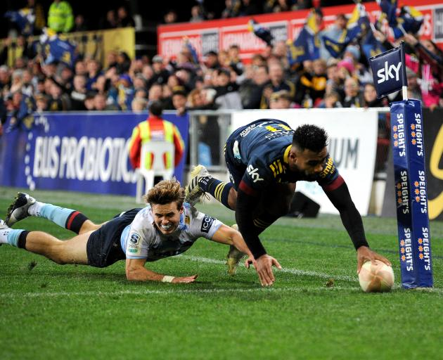 Jona Nareki scored twice in the Highlanders' 9 try to 2 romp over the Waratahs at Forsyth Barr...