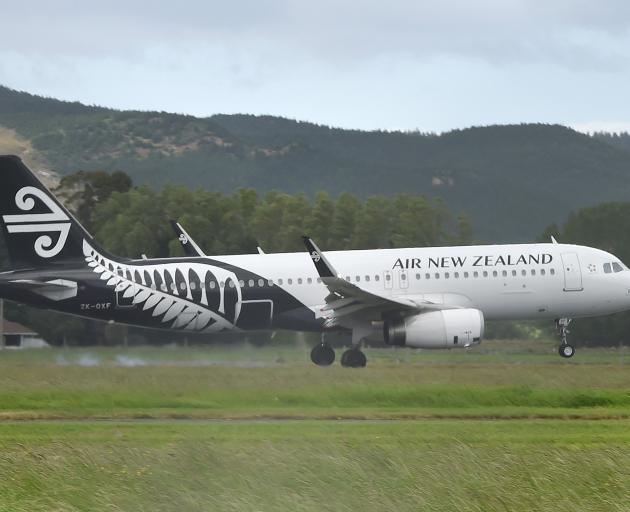 Air New Zealand is putting on bigger planes this weekend to get more Highlanders fans to Auckland...